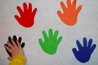 Hi-Five Felt Colors (*favorite) – Toddler Activities, Games, Crafts