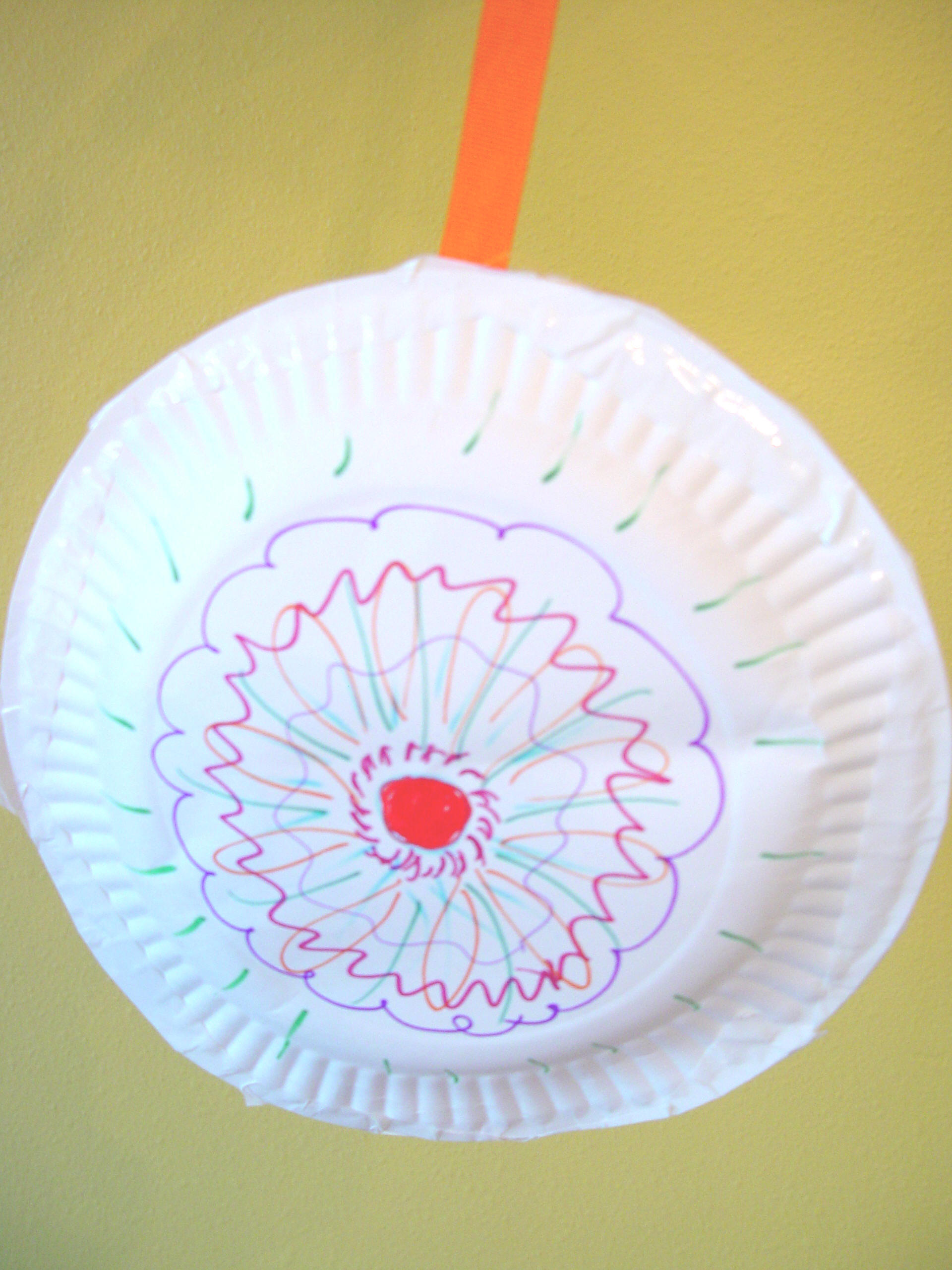 Easy Paper Plate Toy! | Toddler Activities, Games, Crafts