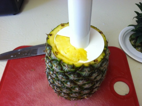 Awesome Kitchen Gadget : Pineapple Slicer and Party Time! Step 3