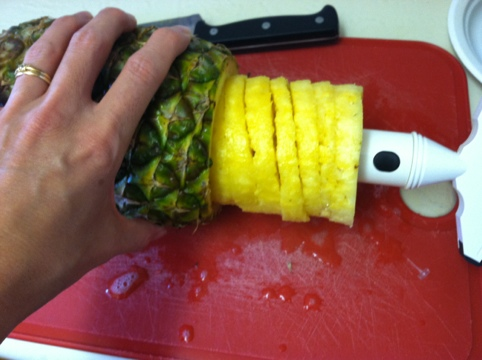 Awesome Kitchen Gadget : Pineapple Slicer and Party Time! Step 4