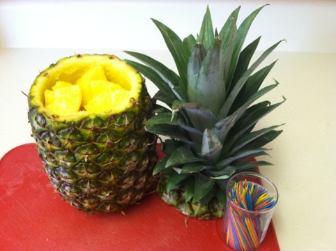Awesome Kitchen Gadget : Pineapple Slicer and Party Time! Step 7